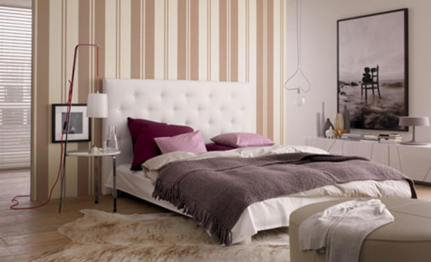 tapete im schlafzimmer farben tapeten. Black Bedroom Furniture Sets. Home Design Ideas