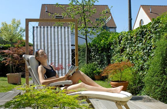 10 tipps f r urlaub im garten saisonales. Black Bedroom Furniture Sets. Home Design Ideas