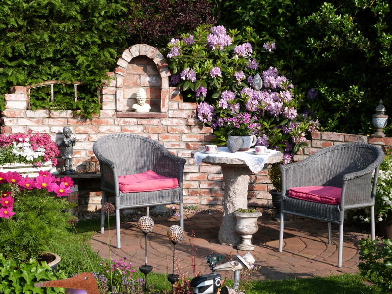 lesergarten terrasse. Black Bedroom Furniture Sets. Home Design Ideas