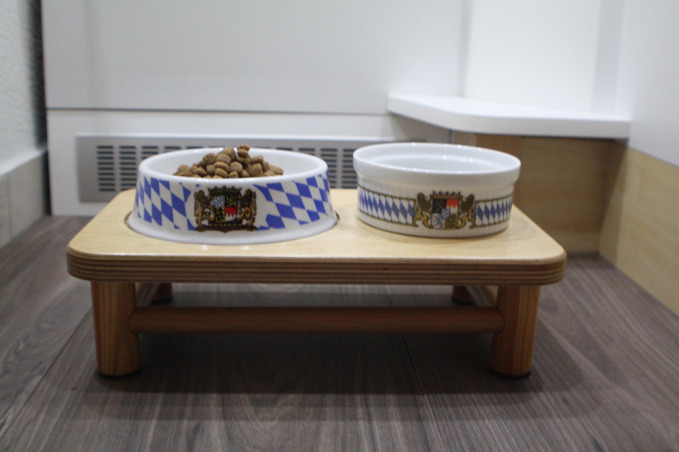 Couchtisch: Vier Ecken voller Stauraum