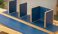 Badezimmer Regal: Abstandshalter markieren