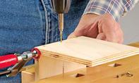CD-Stützen: Holzteile fixieren