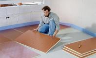 Fußbodenheizung: Boden dämmen