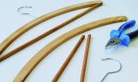Hutablage: Haken aus Bügel lösen