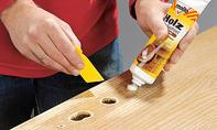 Holzspachtel auftragen