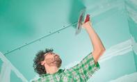 Badsanierung: Wand & Decke beplanken