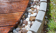 Chill-out-Terrasse aus Terrassendielen
