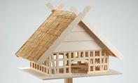 Fachwerk-Vogelhaus