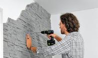 Wandverkleidung aus Kunststoff-Platten