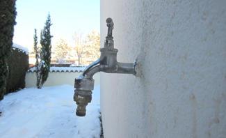 Leitungswasserschäden bei Frost vermeiden