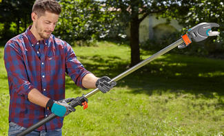 Mit der GARDENA Gartenscheren gelingt Ihnen mühelos ein professioneller Pflanzenbeschnitt an Bäumen und Sträuchern.