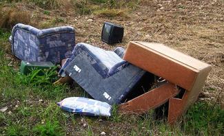 Recycling-Trend: Möbel aus Müll selber bauen