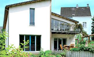 Wie Sie ein Satteldach in ein Pultdach umbauen