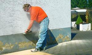 Sanierputz: Putz einschneiden