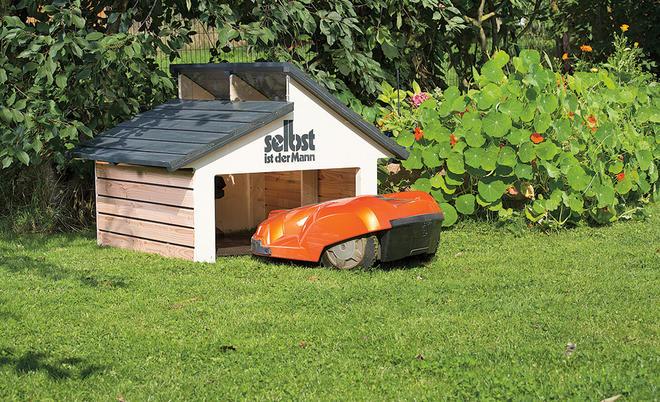 Mahroboter Die Garage Nicht Selbst Bauen Will Findet Bei Der Firma Ladenburger Das RoboGard Home Einen Holz Bausatz Fur Eine Rasenroboter