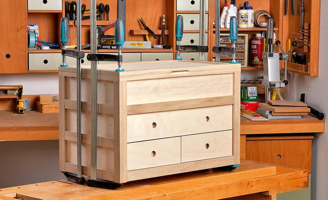 Zimmerer werkzeugkiste selber bauen  Holz-Werkzeugkasten | selbst.de