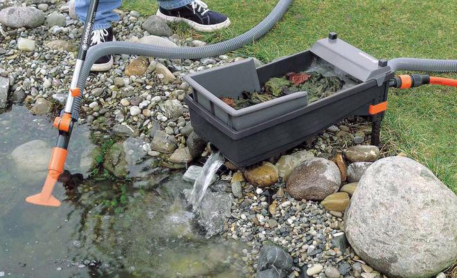 Keine Angst Dass SIe Zuviel Teichschlamm Entfernen Bei Der Arbeit Wird Soviel Sediment Aufgewuhlt Die Im Wasser Schwebenden Reste Fur Das