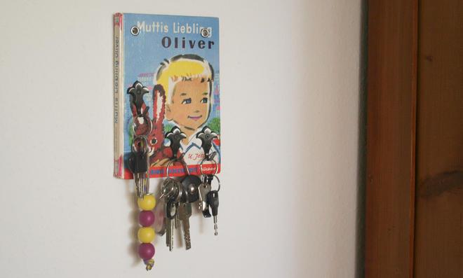 Kinderbuch-Schlüsselbrett
