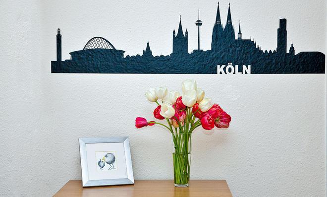 Mit Einem Wandtattoo Lassen Sich Langweilige Wände Schnell Verschönern. ©  Sidm