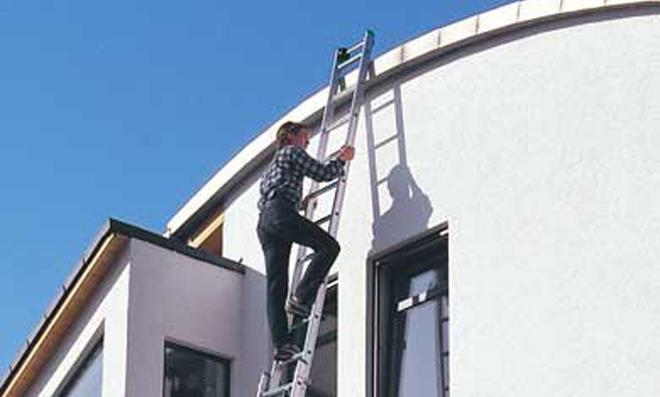 Leiter richtig aufstellen und Leiter sichern