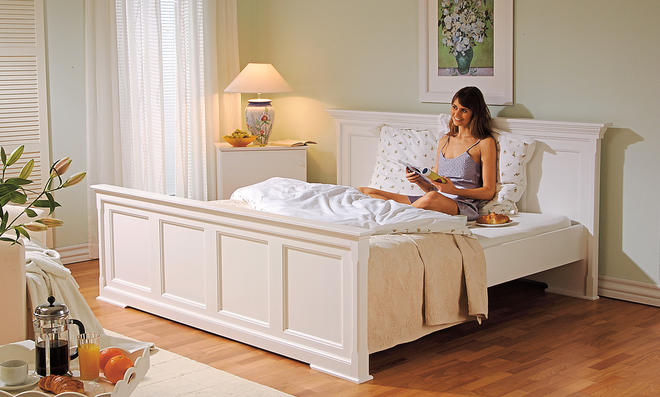 Uberlegen Landhausstil Bett So Wird Aus Alten Kassetten Türen Ein Bett Im Landhausstil