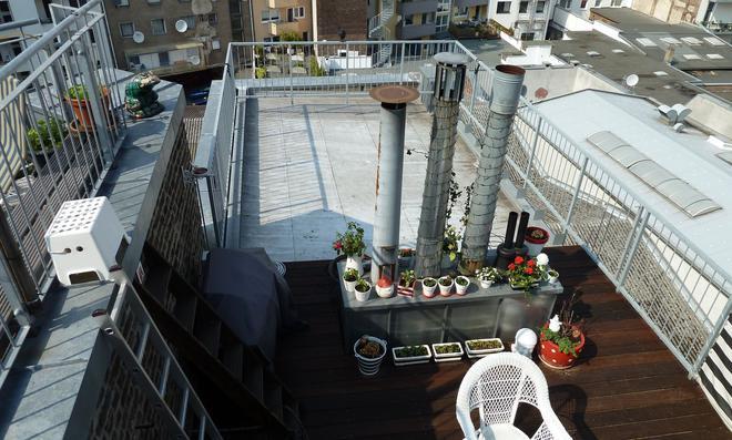 Die Terrasse auf dem Flachdach