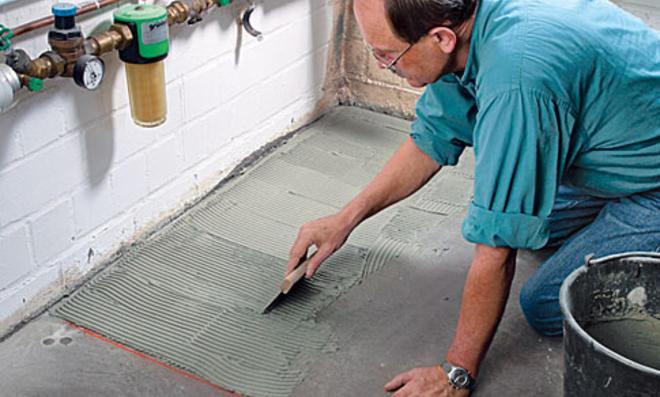 Fußboden Fliesen Zum Kleben ~ Parkett auf fliesen verlegen beachtenswertes myhammer magazin