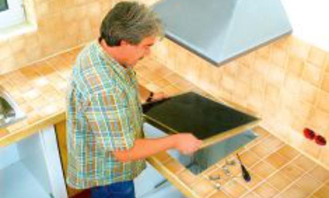 Kücheninstallation - Küchengeräte selbst einbauen