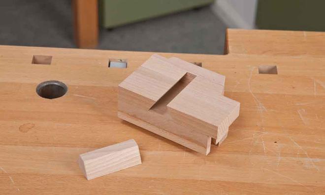 3D Puzzle: Nut anbringen