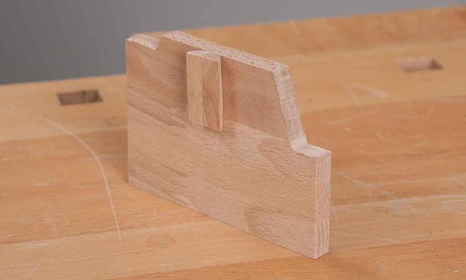3D Puzzle: Rechten Seitendeckel bauen