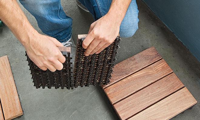 Fußboden Balkon ~ Holzfliesen balkon selbst