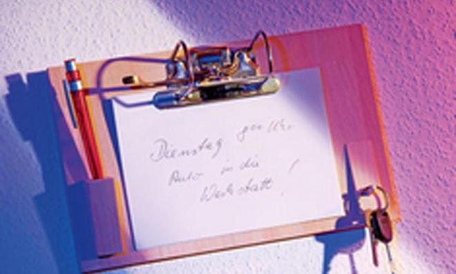 Notiz-Brett aus Aktenordner