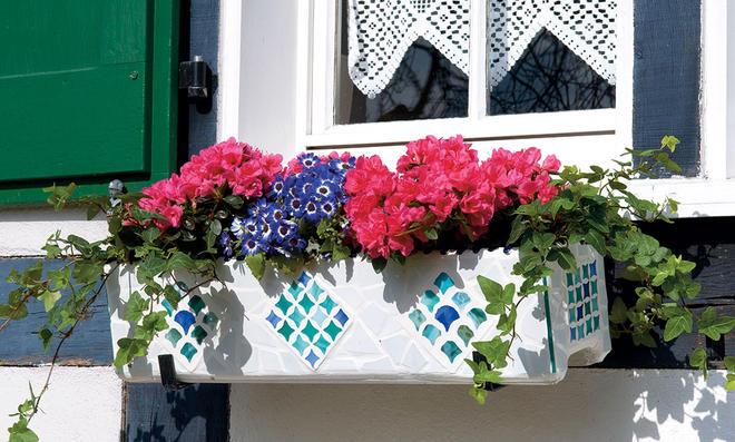 Blumenkasten Fensterbank