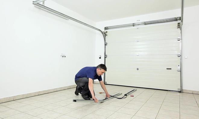 Garagentor-Antrieb