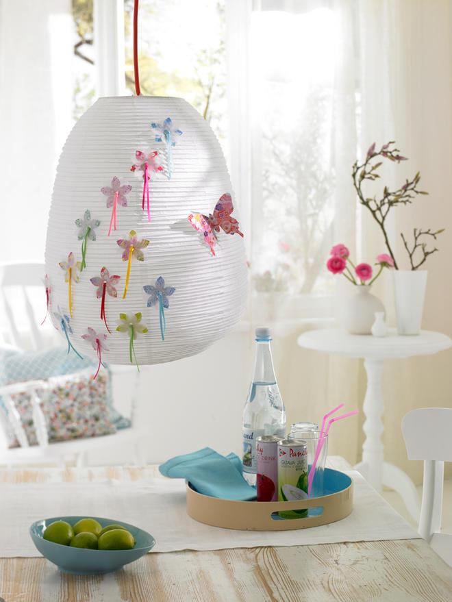 Origami: Reispapierlampe verschönern