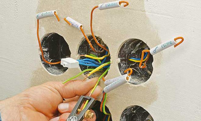 Lichtschalter verkabeln