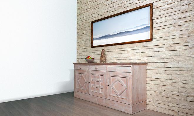 Wandverkleidung in Sandstein-Optik