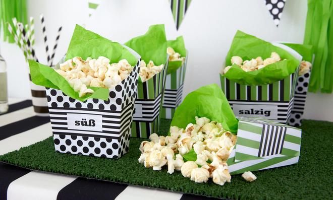 Popcorn-Becher basteln