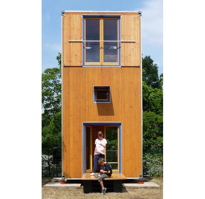 Wohnturm aus Holz: HomeBox1