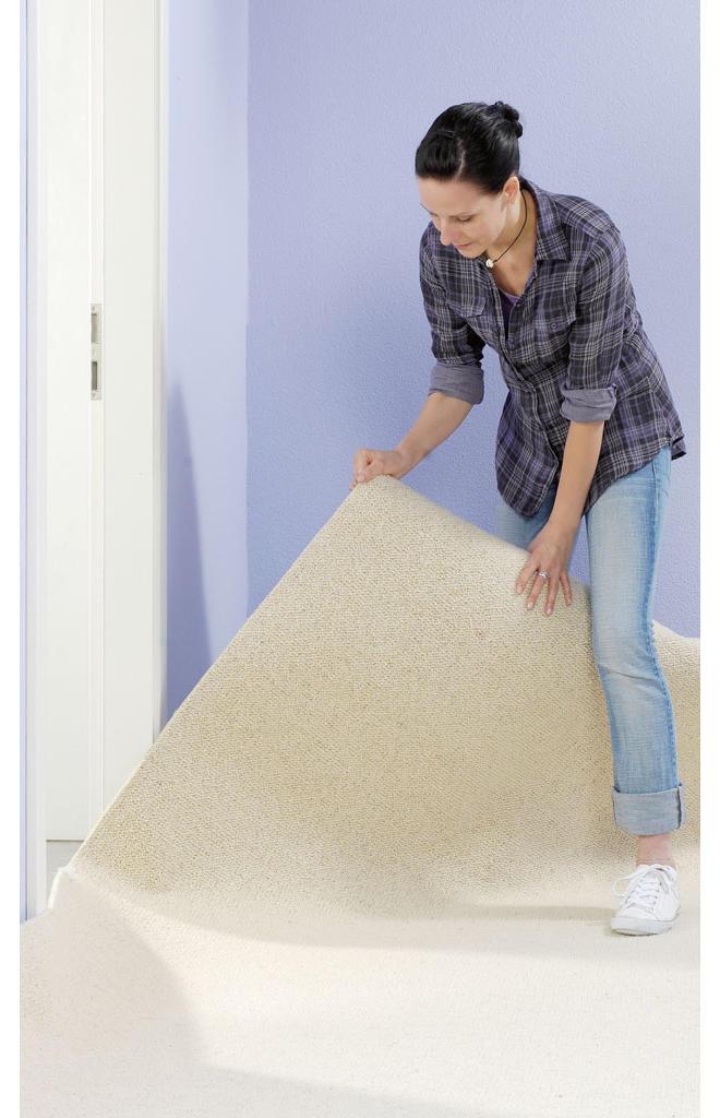 Teppichboden ausrollen