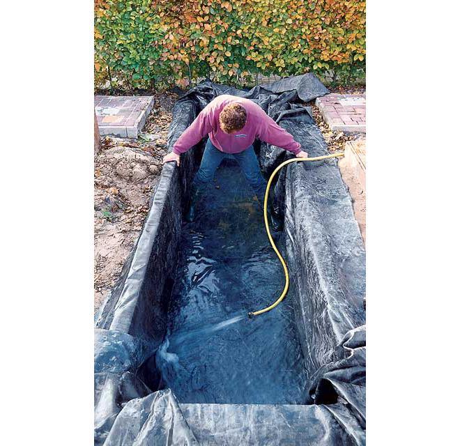 Teichbecken selber bauen for Teich beton anleitung
