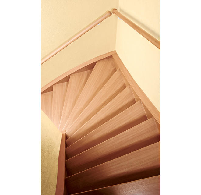 Treppe Aufarbeiten holztreppe renovieren selbst de