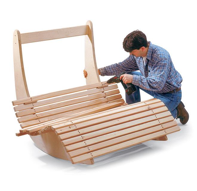 Relaxliege garten holz  Saunaliege aus Holz | selbst.de