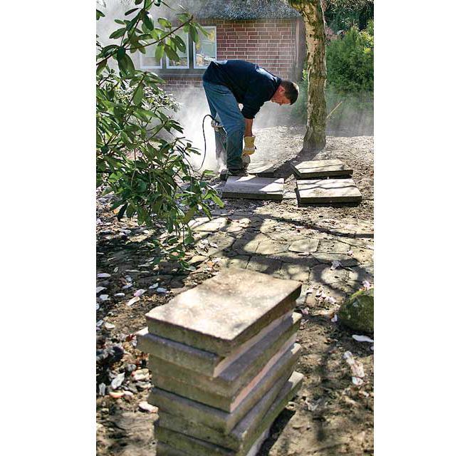 Betonpflaster schneiden