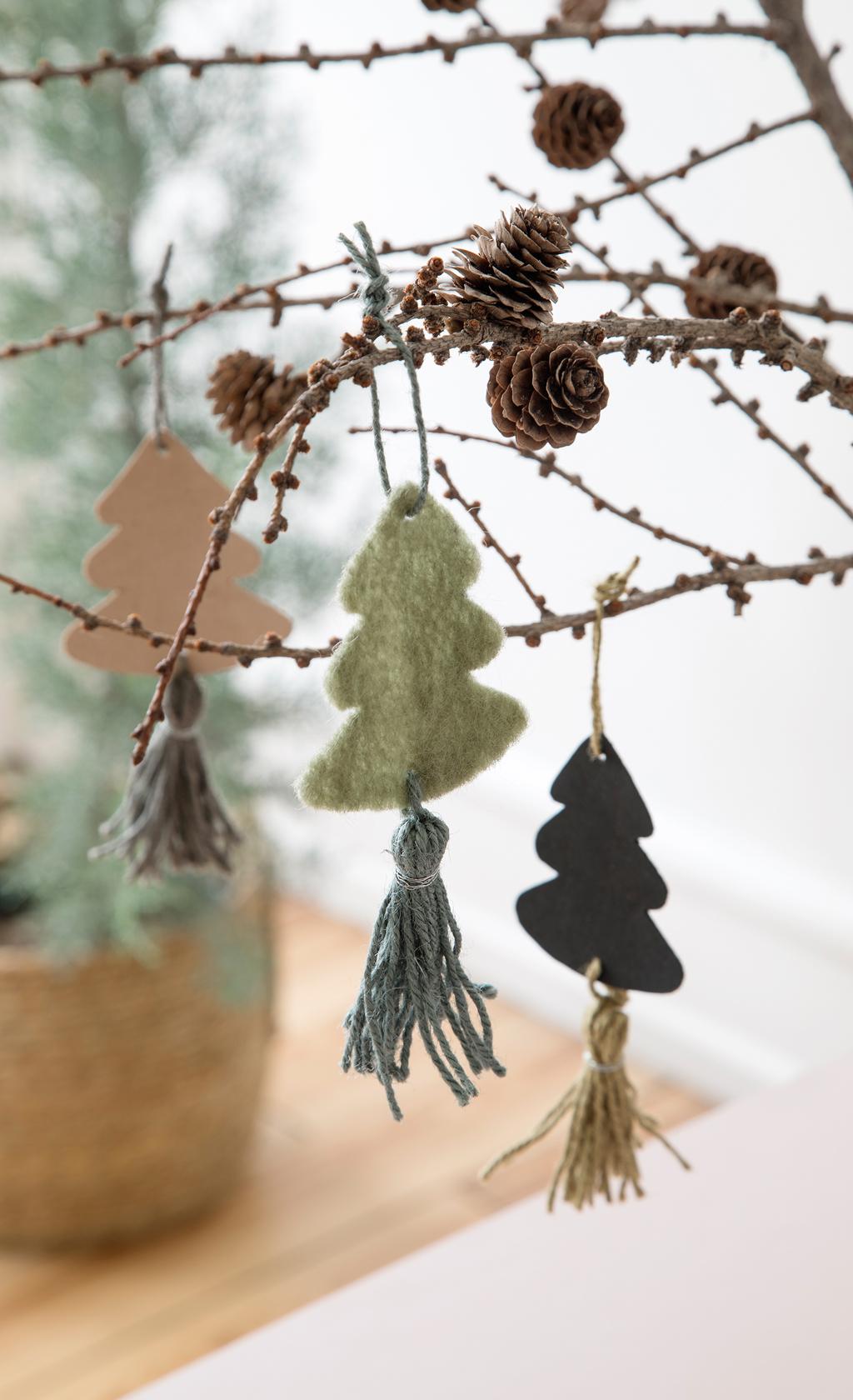 Weihnachtsbaum-Anhänger basteln