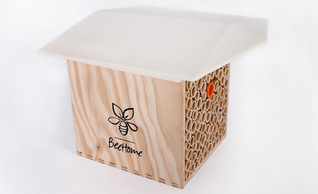 Wildbienen-Nistkasten