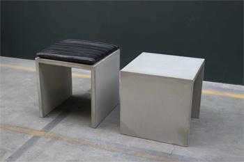 kanten bei hocker aus beton diy forum. Black Bedroom Furniture Sets. Home Design Ideas