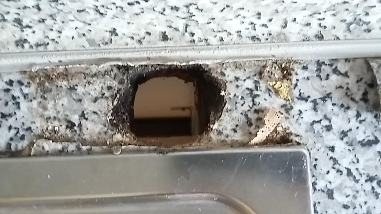 küchenarbeitsplatte; zweites großes loch reparieren | selbst.de diy